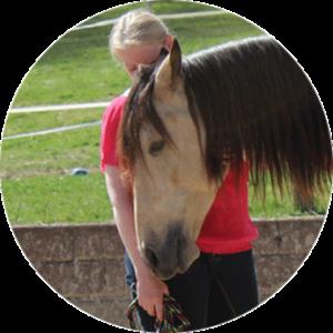 Goldene Tore Anette Kroll mit Pferd